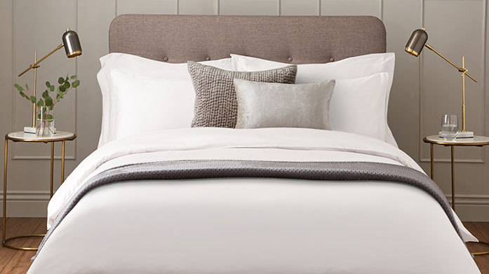 600 Thread Count Linens Freshen up your linens for autumn with this collection of luxurious 600 thread count bed linen.
