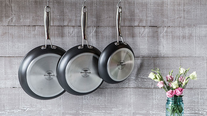 Top Chef Essentials Discover top of the range pots, pans and everything in between as part of our top chef essentials featuring Circulon, Prestige and more.