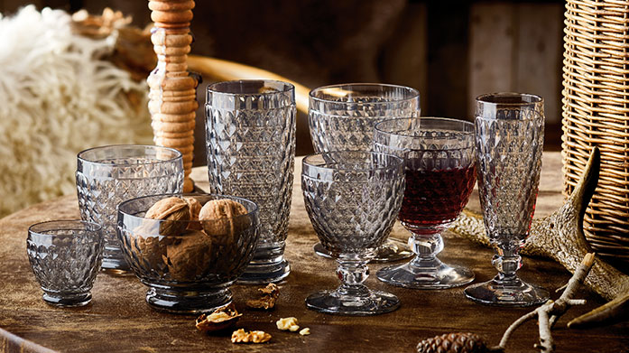 Villeroy & Boch Whether entertaining guests or having a meal for one, use sophisticated, classic tableware and glasses from Villeroy & Boch.