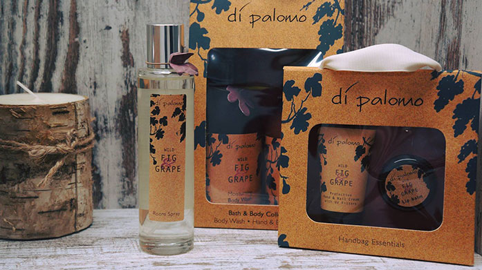Di Palomo English luxury with a delightful Italian influence. Shop luxury fragrance, bath, body and home collections.