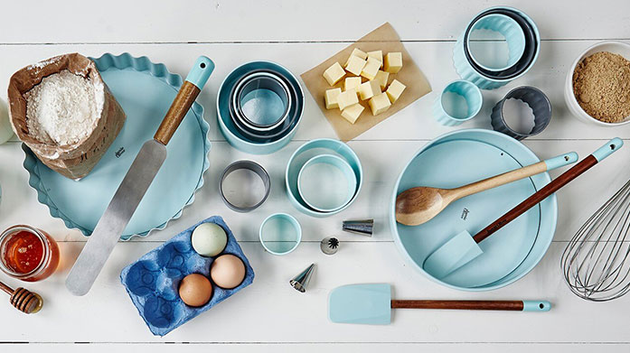 Jamie Oliver Bakeware Get baking with our edit of bakeware from Jamie Oliver.