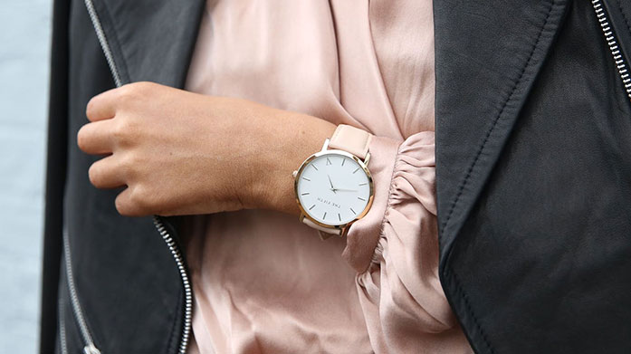 Best Selling Luxury Watches for Her No outfit is complete without the all important luxury watch. Choose your favourite from this edit of women's timepieces.