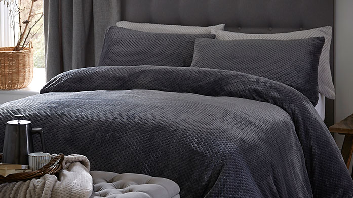 Silentnight Bed Linen Beautifully on-trend Silentnight bedding for that perfect bedroom update. Choose from cosy checks, modern prints and sumptuous pure cotton sheeting.
