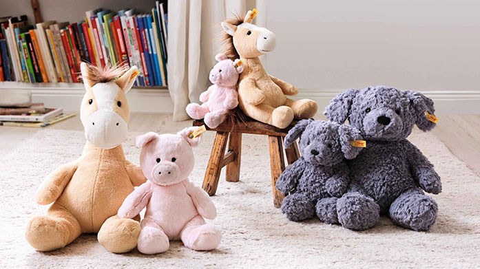 Steiff Adorable comforters, cute stuffed animals and iconic cuddly teddy bears from world famous manufacturer, Steiff.