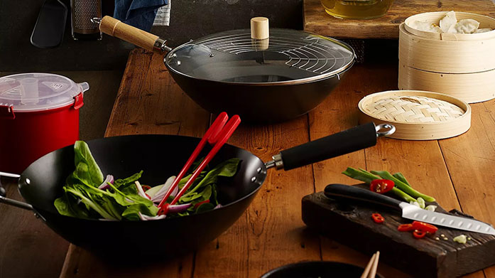 Celebrate Chinese New Year with Ken Hom Hand selected by Ken himself, use the same tools as the master. Shop non-stick carbon steel woks, grill pans and more.