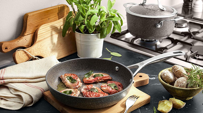 Ballarini Discover Ballarini's quality kitchen essentials to kit out your kitchen in style with this premium cookware sale. Shop utensils, pans, knives and more.