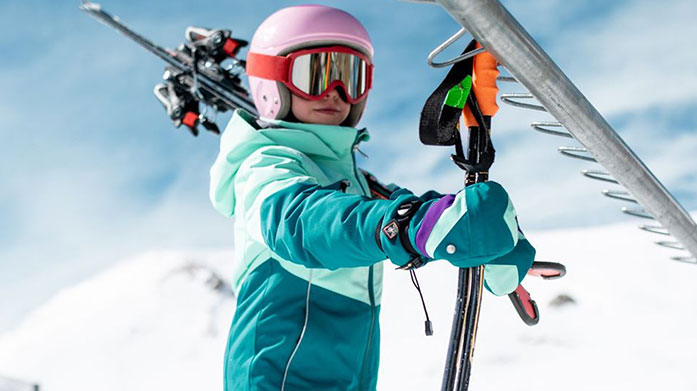 Spyder Clearance Kids Let your little ones show some skills on the slopes in colourful ski jackets, trousers and accessories from our Spyder kids' clearance sale.