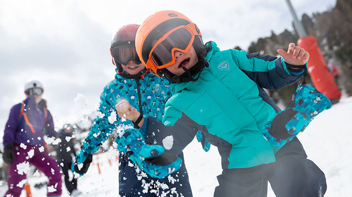 Rossignol Kids Luxury skiwear from Rossignol will have your mini style influencer looking great and feeling cosy whilsts on the slops.