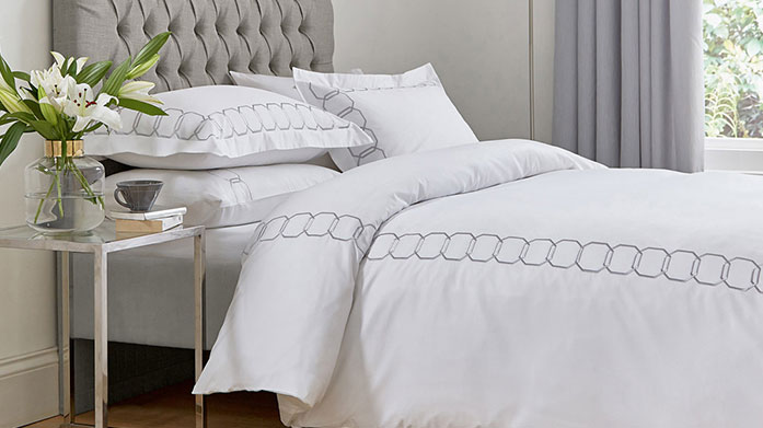 Spare Room Bedding Updates Welcome guests into a relaxing and comforting spare room with this collection of quality guest bedroom bedding.