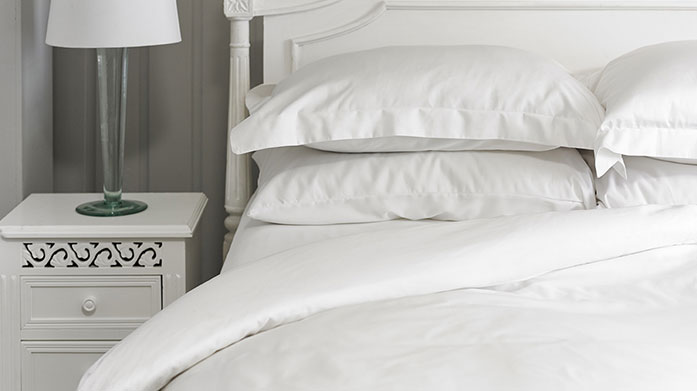 800 Thread Count Linens Crafted from the finest long staple cotton, this range of exquisite 800 thread count linens will add a touch of luxury to any bedroom.