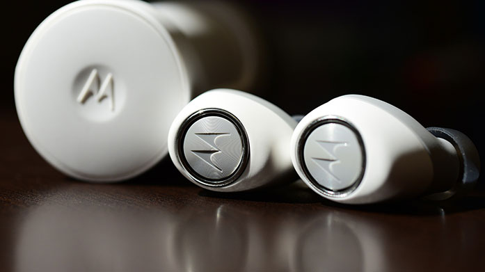 Motorola Earbuds Connect via bluetooth and listen to your morning podcast or favourite album with the sleek Motorola wireless earbuds.