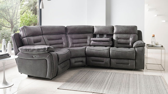 Tech Sofas & Recliners