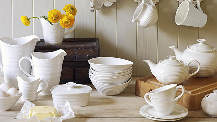 Sophie Conran: Back by Popular Demand Set a showstopping and elegant table with award winning tableware from Sophie Conran. Shop heart shaped bowls, mugs, plates and more.