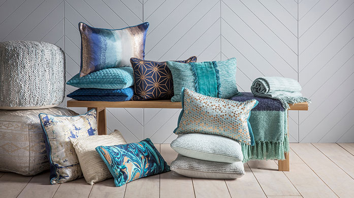 Gallery Cushions & Throws Prep your home for summer guests with these gorgeous plush cushions & throws from Gallery. Shop a wide range of beautiful designs.