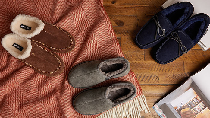 Luxe Sheepskin Slippers Men's The ultimate home shoe - a cosy sheepskin pair of slippers will see any gent through the winter months with ease. Dressing gown: optional.