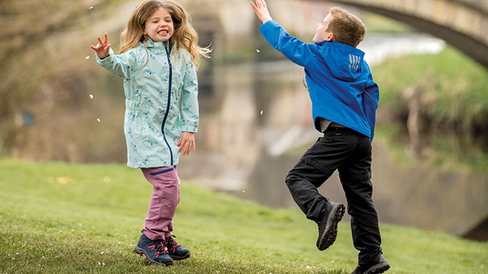 Outdoors with Trespass Kids Kit out your little ones in practical style perfect for the great outdoors with active clothing essentials from Trespass. Available in sizes 2-12 years.