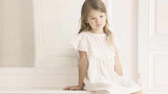 Louis Louise Choose classic and timeless children's clothing by French brand Louis Louise. Find babygrows, dungarees, cotton dresses and more!