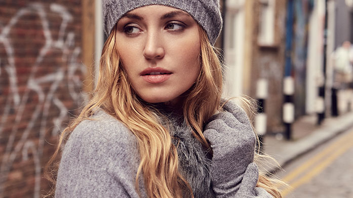 Luxury Cashmere Accessories Treat yourself to a luxury cashmere accessory in the form of a super soft shawl, scarf or pair of gloves. Autumn dressing starts now!