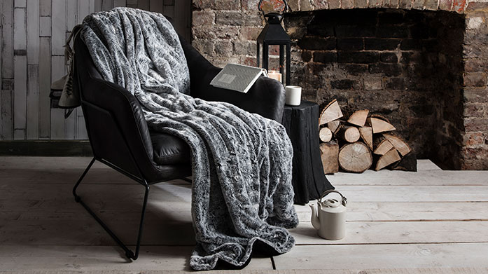 Winter Warmers: Cushions & Throws It's time to get your home winter ready. Bring snuggle-season indoors with this collection of cushions & throws from Bronte, Gallery & more!