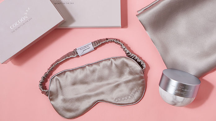 Luxury Silk Sleep Masks Feel the quality benefits that a silk pillowcase provides with pastel styles from Cocoonzzz and Slip. Pair with a matching silk sleep mask for the full effect...