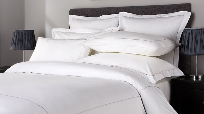 Hotel Living 800TC Linens Hotel Living's 800 thread count linens are smooth, silky soft and stylish, perfect for luxuriating in the comfort of your own bed.