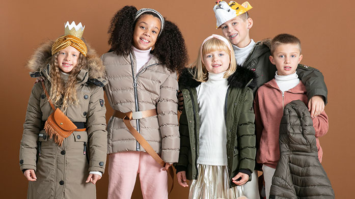 Canadian Peak Kids Ensure the kids are wrapped up in style with this winter edit of outdoor clothing by Canadian Peak. Shop jackets, jumpers and more.