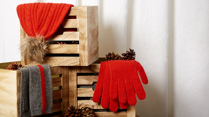 Keep It Cashmere  Discover your cashmere essentials. Shop gloves, hats, scarves and more.